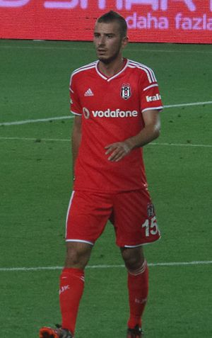 Oğuzhan Özyakup - Özyakup at friendly game against Chelsea in Şükrü Saracoğlu Stadium, Istanbul, in 2014 August
