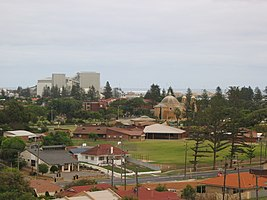 OIC geraldton cbd view west from waldeck lookout.jpg