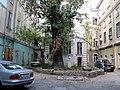 Odessa. Inner yard in old city. September 2007 - panoramio.jpg