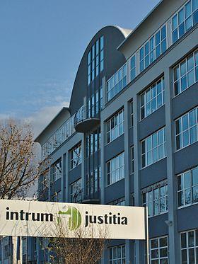 Intrum Justitia Oma Intrum