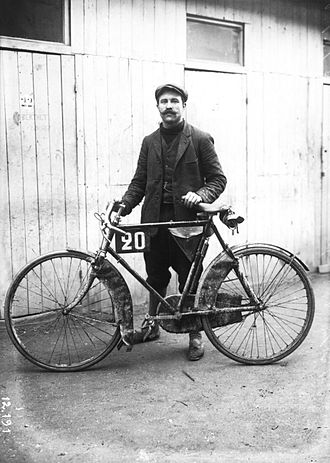 Omer Beaugendre - Beaugendre at a reliability trial in 1910
