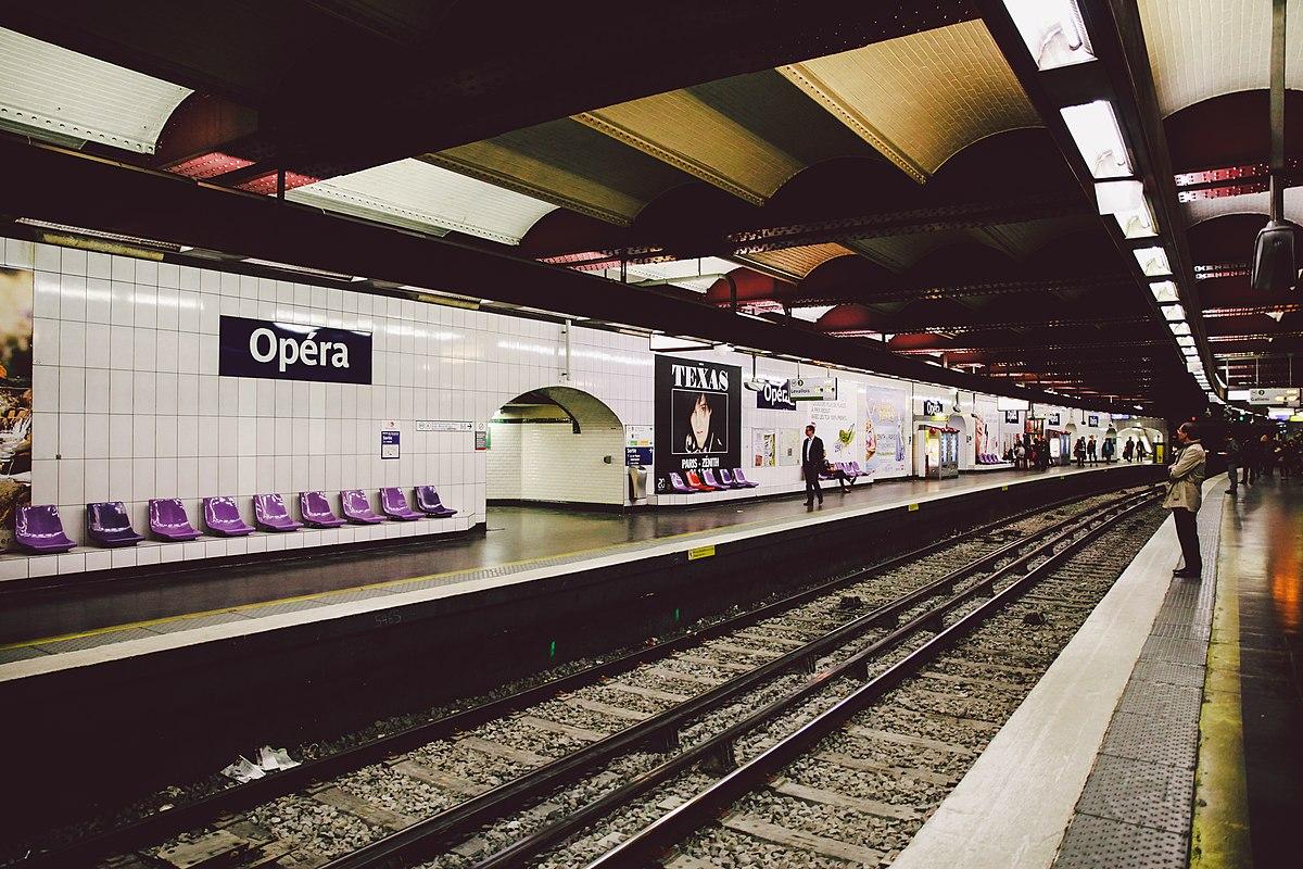 Plaque Metro Parisien Deco opéra (métro de paris) — wikipédia
