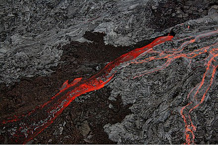 Pahoehoe and `a`a lava flows side by side in Hawaii, September 2007 Pahoehoe and Aa flows at Hawaii.jpg