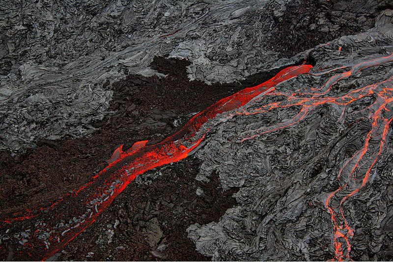 File:Pāhoehoe and Aa flows at Hawaii.jpg