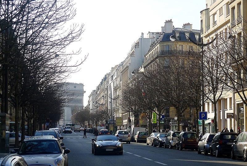 Fichier:P1080464 Paris VIII avenue Hoche rwk.JPG
