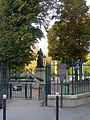 P1140013 Paris XVII square des Epinettes rwk.jpg
