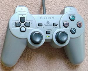 PS1 Dual Analog with Box.jpg