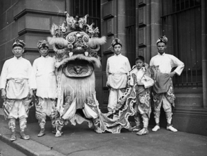Chinese immigrants to Australia at the Pageant of Nations  Sydney Town    Chinese Immigrants 1900s