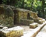 Palenque - Grupo C - habitations.JPG