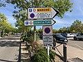 Panneaux Direction Parkings Marché Agriculture Bourg Bresse 3.jpg