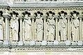 Pariž pieskovcové súsošie na parížskom Dóme a.jpg