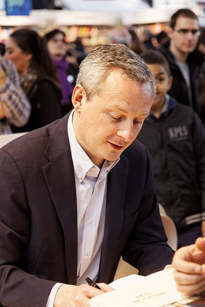 Salon du livre 2013  Bruno Le Maire  001.jpg  Wikimedia Commons
