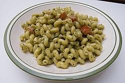 Pesto Cavatappi.
