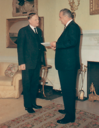 Patrick Dean meeting with Lyndon B. Johnson at the White House, 1965