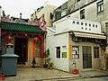 Peng Chau temple.jpg