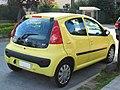 Peugeot 107 1.0 Urban 2009 (11410830305).jpg