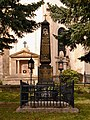 Pfarrkirche Alt Simmering Priestergrab.jpg