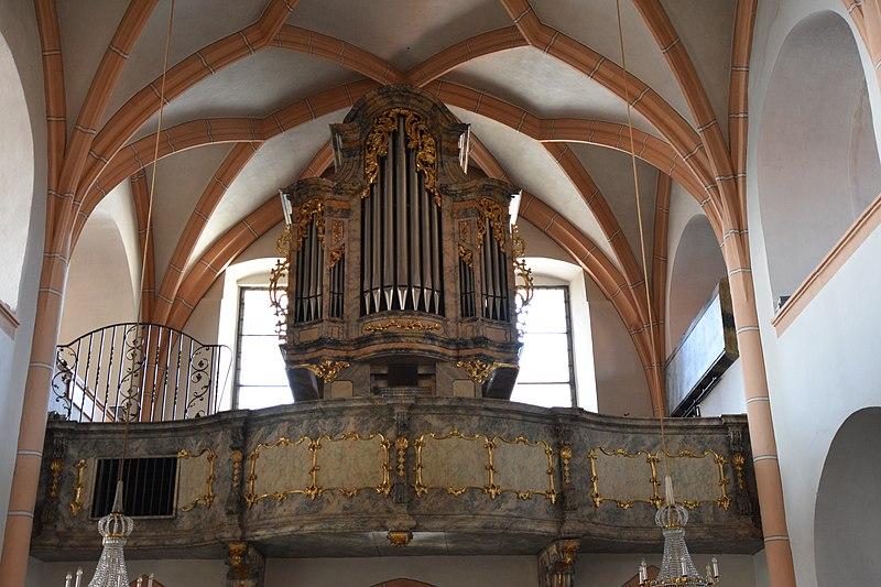 Datei:Pfarrkirche Straden Interior 07.jpg