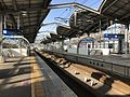 Platform of Yukuhashi Station (JR).jpg