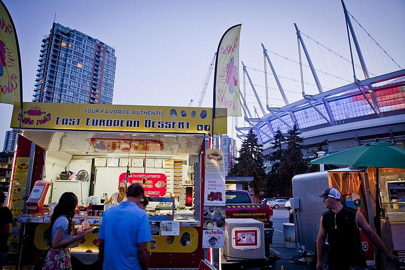 Лучшие рынки с уличной едой в Канаде