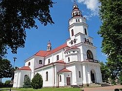 Podlaskie - Mońki - Mońki - ul. Ks. Małynicza 1- Kościół pw. Matki Boskiej Częstochowskiej - lbok.JPG