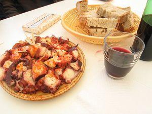Galician culture - Polbo á feira