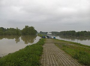 Oderbruch - The flooded Buków polder on 19 May 2010 (the Oder river is at right)