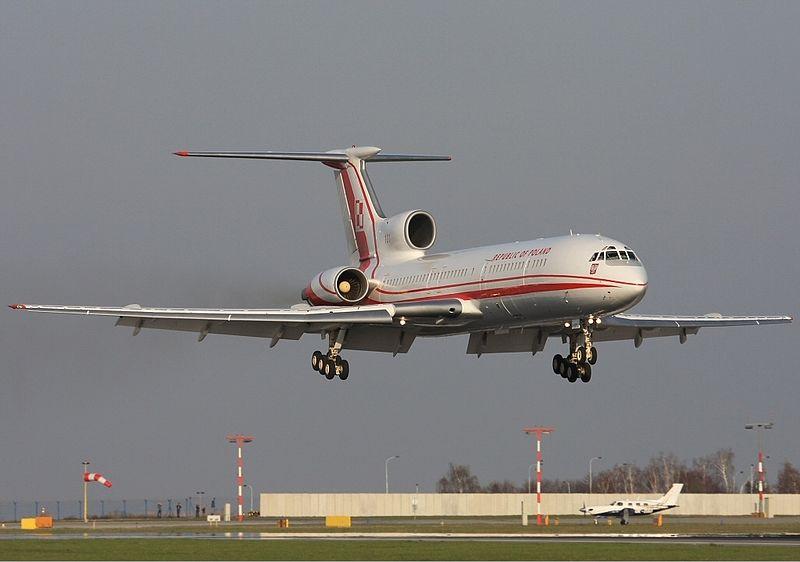 File:Polish Air Force Tupolev Tu-154M Lebeda.jpg
