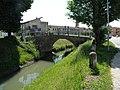 Ponte sull'Adigetto tra via Turati e via Umberto I (Villadose).jpg