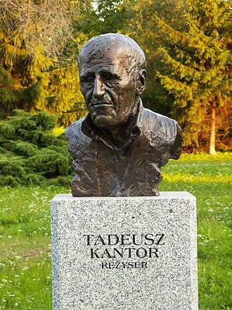 Tadeusz Kantor - Tadeusz Kantor, commemorative bust