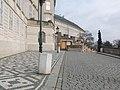 Praha, Zámecké schody, horní část - panoramio.jpg