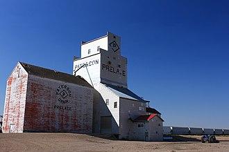 Prelate, Saskatchewan - Grain elevator in Prelate