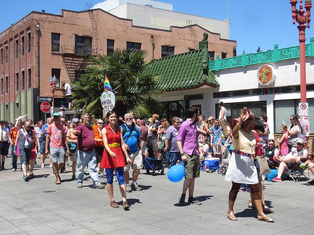 gay pride parade in portland jpg 422x640