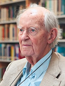 Prof. Adriaan Blaauw (1914–2010), the second ESO Director General (from 1970–1974), in the library of the ESO Headquarters in Garching bei München, Germany, during a visit in 2009..jpg