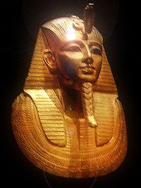Egiptologii au descoperit zeci de morminte rare datând de dinaintea erei faraonilor
