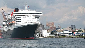 Brooklyn Cruise Terminal - Image: QM2 Brooklyn Cruise jeh
