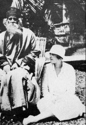 Argentina–India relations - Rabindranath Tagore and Victoria Ocampo in 1924.