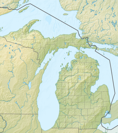 Map of most Michigan state parks named and marked by a dot
