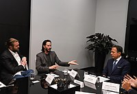 Reunião com o ator norte-americano Keanu Reeves (47530289371).jpg