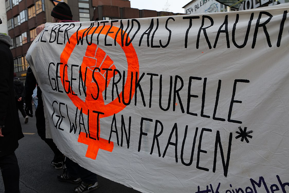 Revolutionary 1st may demonstration Berlin 2021 64.jpg