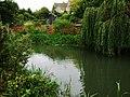 River Avon (Tetbury branch), Malmesbury - geograph.org.uk - 2081146.jpg