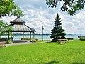 Riverside of the St-Lawrence River in Montreal-East. - Sur la rive du Saint-Laurent à Montréal-Est - panoramio.jpg