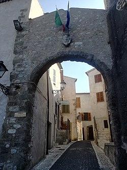 Rocca Massima - Porta Doria.jpg