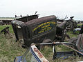Rusty Vintage Van (2535901227).jpg