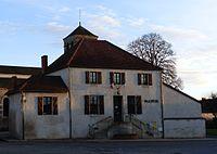 Saint-Bonnet03800 mairie.jpg