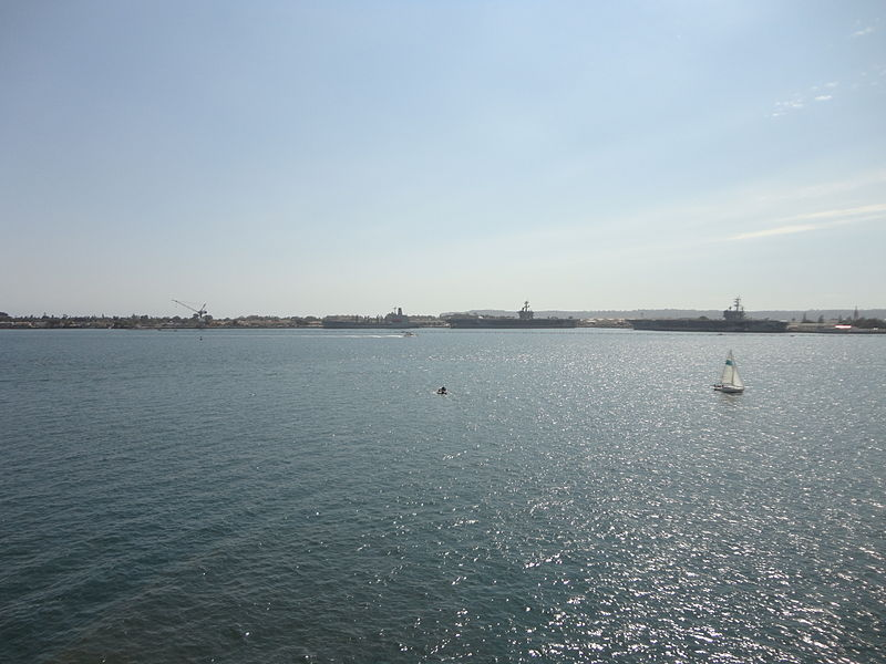 File:San Diego Bay from USS Midway 14 2013-08-23.jpg