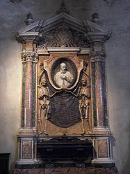 San Pietro in Vincoli tomb 4.jpg
