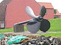 Ship's Propeller - geograph.org.uk - 1690825.jpg