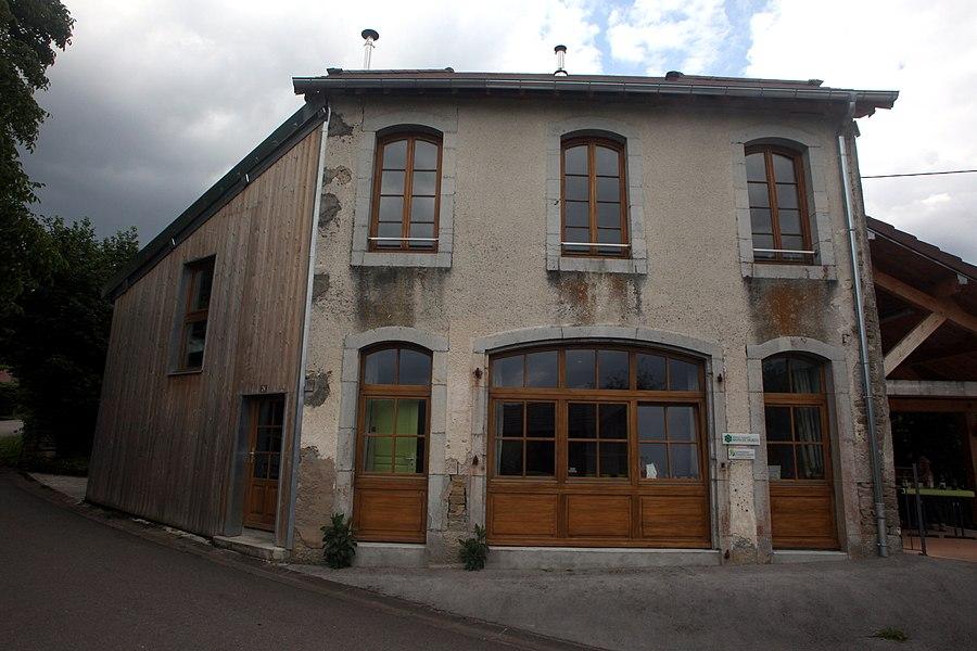 Le siège des bureaux de la réserve naturelle à Cléron.