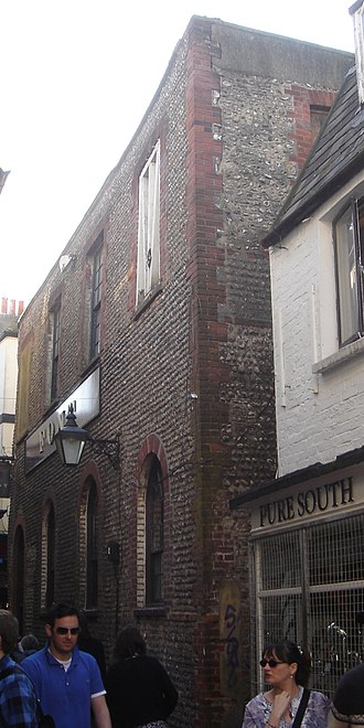 Union Chapel, Brighton - The east wall, in a traditional Sussex style with cobbled stones, flints and red brick dressings
